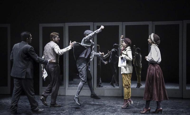 نقدی بر نمایش «دشمن مردم» ساخته سینا راستگو