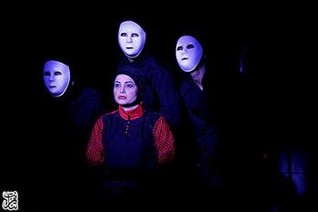 محمودزاده: باید از وضعیت فعلی تئاتر بترسیم